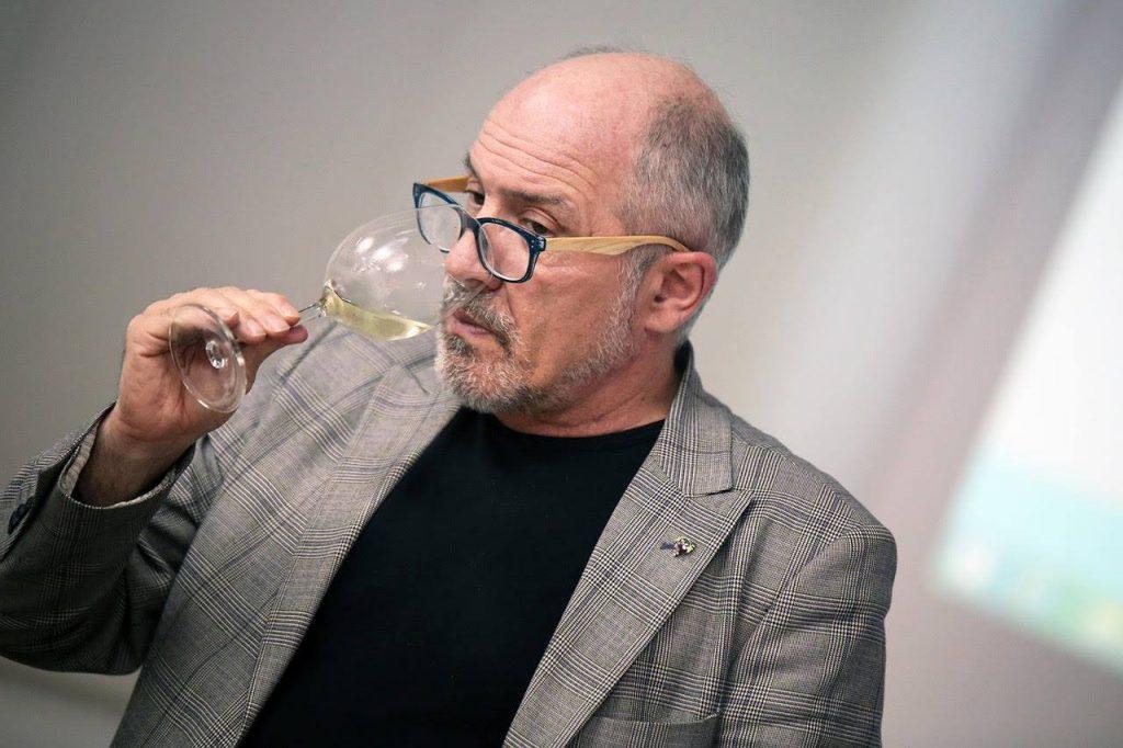 Cata de selección de vinos canarios